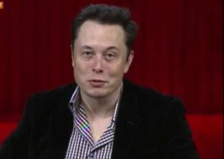 Seful Tesla: Prin cercetarile despre inteligenta artificiala invocam un demon (Video)