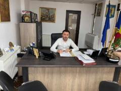Seful de la Drumuri si Poduri din Craiova a fost retinut in dosarul in care este suspectat ca si-a falsificat documentele de studii