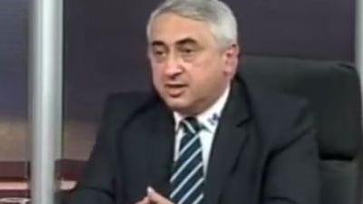 Seful rectorilor il apara pe ministrul propus pentru Educatie, pus la zid pentru greselile gramaticale