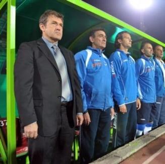Selectionerul Bosniei vrea sa-l demita pe Razvan Lucescu
