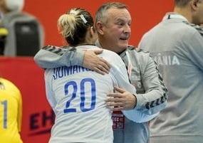"""Selectionerul nationalei feminine de handbal: """"Sunt optimist, poate singurul si incurabil"""". Ce obiective are la Campionatul European"""