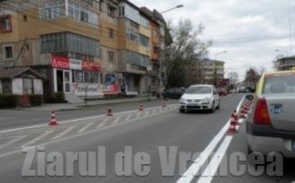 Semnalizarea drumurilor judetene va fi executata de familia unui fost director CNADNR