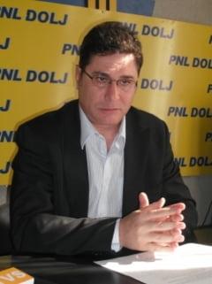 Senator PNL: In Romania traiesti bine daca esti politician, prostituata sau spagar