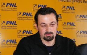 """Senator PNL: PC se va alia cu PSD, parlamentarii PP-DD au trecut """"pe bani"""" la conservatori"""