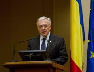 Senator PNL: PSD vrea debarcarea lui Isarescu de la BNR, urmeaza DNA