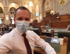 Senator USR PLUS critica atitudinea liberalilor din lupta interna: Se dau zmei si ii ataca pe ministrii USR PLUS. Ar trebui emis cod galben pentru declaratii aiuritoare