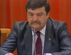Senatorii i-au refuzat lui Basescu reexaminarea OUG privind referendumul