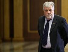 Senatorii nu mai au bani pentru deplasari externe