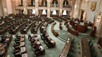 Senatorii se pregatesc sa plece in campanie electorala o luna si jumatate