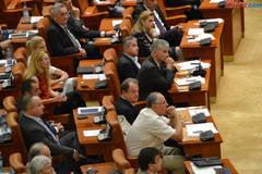 Senatorii si-au aprobat bugetul