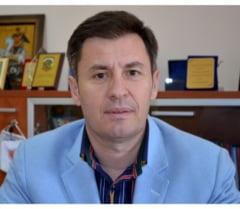 Senatorul Constantin Traian Igas saluta modificarile aduse statutului PNL