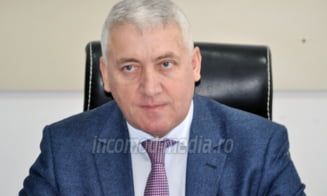 Senatorul Esutuianu, pregatit sa-si scoata biroul in fata Consiliului Judetean Dambovita!