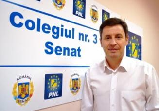 """Senatorul Igas """"isi baga nasul"""" in oala Camerei: Valeriu Zgonea este """"vataful voiajor"""" al deputatilor"""