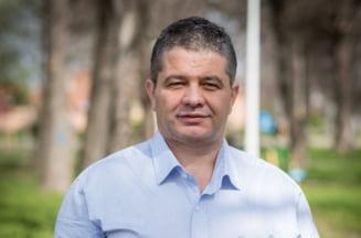Senatorul PSD Florian Bodog a ramas fara imunitate. Poate fi anchetat de DNA