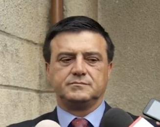 Senatorul PSD Niculae Badalau, urmarit penal pentru trafic de influenta