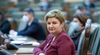 Senatorul PSD de Olt Siminica Mirea, coinitiator al unui proiect legislativ privind sprijinirea familiilor cu copii