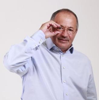 Senatorul Sorin Rosca Stanescu ajunge la inchisoare: Politistii i-au confiscat armele
