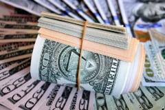 Senatul SUA a ajuns la un acord de 300 de miliarde de dolari pentru finantarea bugetului. Activitatea Guvernului tot ar putea fi blocata