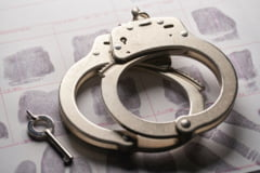 Senatul a adoptat un proiect de lege prin care actele de violenta comise de trei sau mai multe persoane sunt pedepsite cu inchisoare intre 3 si 7 ani