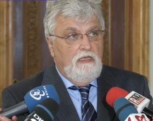 Senatul a amanat deschiderea sesiunii - Cand revine Crin Antonescu din vacanta