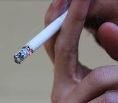 Senatul a imblanzit legea anti-fumat. Proiectul merge la Camera Deputatilor (Video)