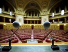 Senatul francez a respins ridicarea restrictiilor de munca pentru romani si bulgari