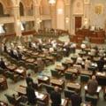 Senatul voteaza miercuri validarea candidatilor pentru functiile de membru in CSM