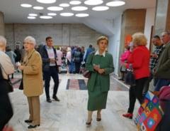 """Seniorii, prezenti la premiera comediei """"Seful"""", la Casa de Cultura Constanta"""