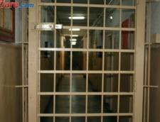 Sentinta in procesul crimelor cu bate si cutite din Focsani: Pedepse de peste 72 de ani de inchisoare