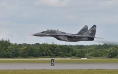 Serbia si-a etalat forta militara cu drone chineze CH-92A si avioane rusesti MiG-29