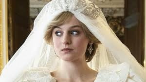 "Serialul ""The Crown"", criticat in Marea Britanie pentru prezentarea ""total partinitoare"" a relatiei dintre Charles si Diana"
