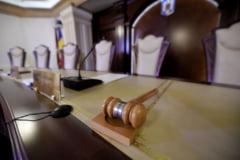 Sesizarea Guvernului asupra legii care ar majora pensiile cu 40% va fi discutata de CCR pe 25 noiembrie