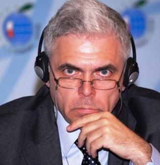 Severin nu demisioneaza din PE, dar se retrage din grupul socialistilor