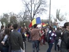 Sezonul protestelor: Haos in Piata Victoriei, unde studentii au blocat circulatia