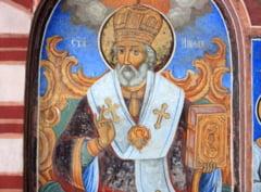 """Sf. Nicolae - traditii si obiceiuri. De ce este supranumit si """"Facatorul de minuni"""""""