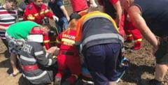 Sfarsit tragic astazi in Cristesti: barbat strivit sub propriul tractor