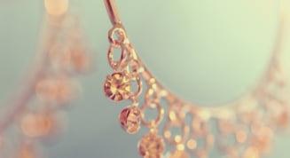 Sfaturi simple pentru intretinerea bijuteriilor, acasa la tine