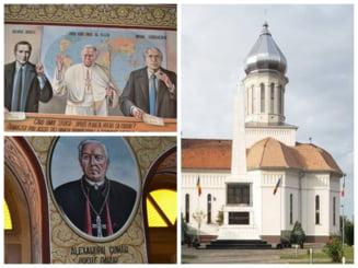 """Sfintii Bush, Gorbaciov si Papa Ioan Paul al II-lea din Biserica de la Petresti. De ce au fost pictati """"groparii comunismului"""" in lacasul de cult ortodox FOTO"""
