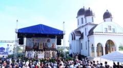 Sfintirea Bisericii din cartierul Tineretului