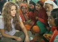 Shakira alaturi de napastuitii din Bangladesh