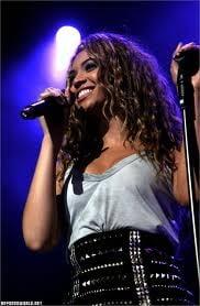Si Beyonce doneaza banii primiti pentru un concert de la familia Gaddafi