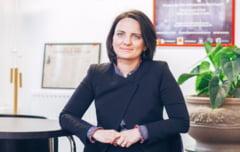 Sibianca de succes la Londra - Dana a construit de la zero o companie de milioane de lire sterline in care mamicile au rolul principal