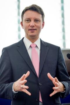 Siegfried Muresan: Dupa 6 luni de guvernare PSD-ALDE, investitiile s-au redus la jumatate, deficitul s-a dublat