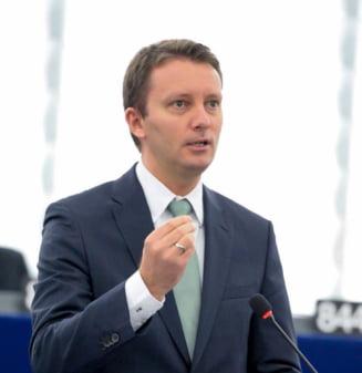 Siegfried Muresan cere UE sa cheltuiasca 2 miliarde de euro pentru apararea statului de drept