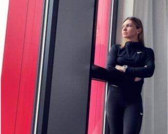 Simona Halep, fotomodel la Stuttgart. Pictorial inedit in camera de hotel. Pentru cine a pozat romanca FOTO