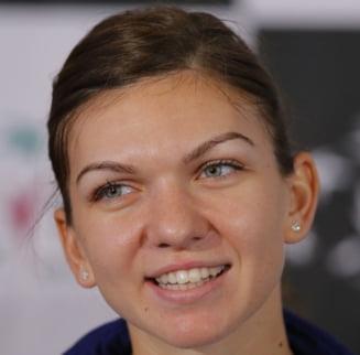 Simona Halep, intrebata daca s-a bucurat de esecul Mariei Sharapova - ce raspuns a dat