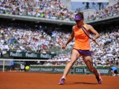 Simona Halep a fost invinsa de Maria Sharapova in finala la Roland Garros, dupa o partida dramatica