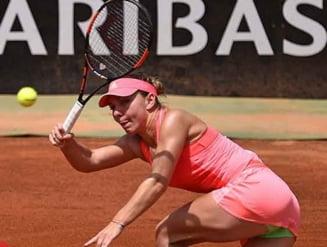 Simona Halep a spulberat-o pe Alexandra Dulgheru si s-a calificat in semifinale la Roma