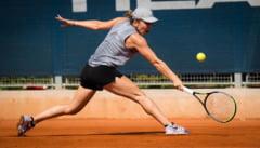 Simona Halep debuteaza, marti, la turneul de la Praga, la simplu. Meciul ei de dublu de luni nu s-a disputat din cauza ploii