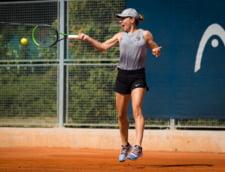 Simona Halep evolueaza si la dublu, la Roma, in echipa cu Monica Niculescu